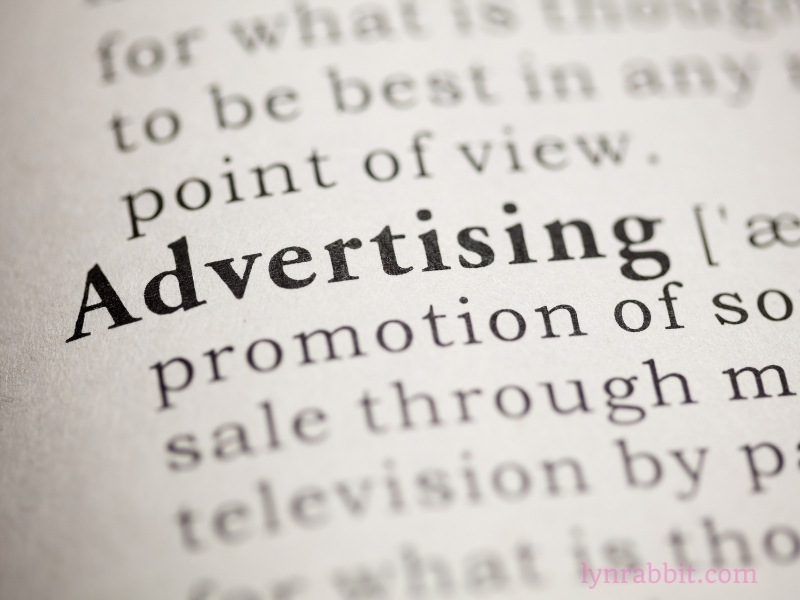 クルマ広告